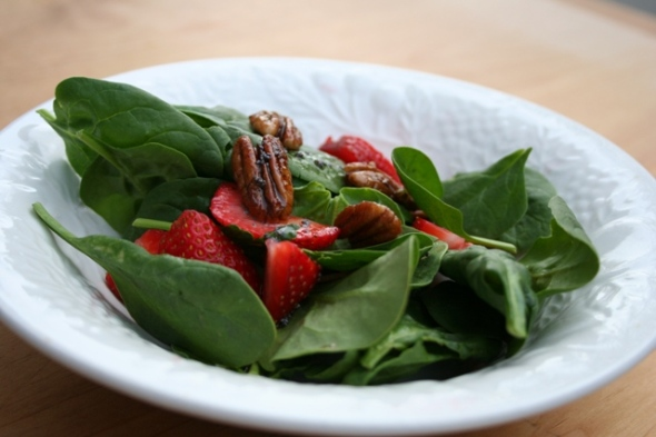 spinach & strawberry salad 2